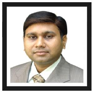Dr Milan Shah